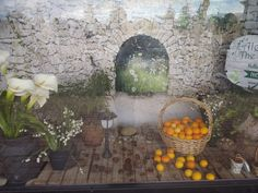 This display was inspired by the natural colours of late winter - the snow drops and lilies that grow wild on the farm, and the abundance of ripe lemons and oranges. The display features our rose shaped cones and warming cinnamon cones.