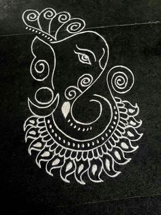 pin tillagd av shanthi sridharan kolam p black and white kolam pinterest. Black Bedroom Furniture Sets. Home Design Ideas