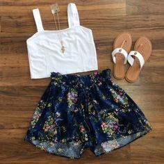http://www.paperdollchick.com/blog/floral-floral-floral-071692/