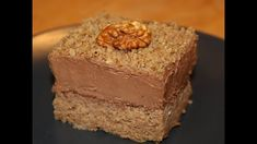 Sočne čokoladne orah kocke - jednostavan starinski recept | How 2 Bake It | - YouTube
