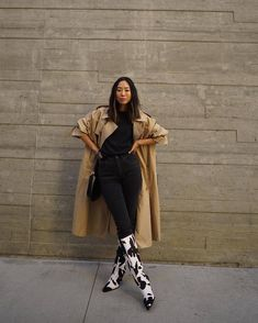 Skinny Jeans Heels, Jeans With Heels, Jeans And Sneakers, Fall Fashion Outfits, Fall Winter Outfits, Autumn Winter Fashion, Winter Style, Women's Fashion, Outfit Look