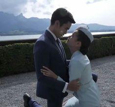Sweet Couple, The Crown, Actors & Actresses, Couple Photos, Couples, Dramas, Wedding, Random, Girls