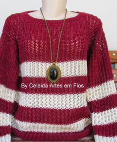 Blusa de tricô feito a mão disponível para venda, tamanho M.