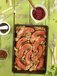Biała kiełbasa pieczona z jabłkami i cebulą i cydrem - etap 4