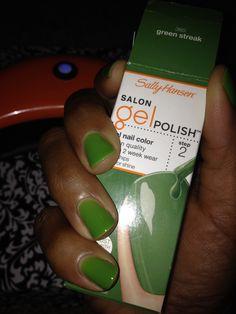 Green streak gel polish Sally hansen