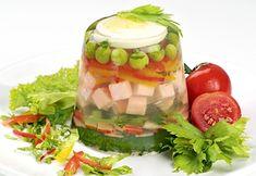 Gelatin pea and ham salad. Jello Recipes, Salad Recipes, Dessert Recipes, Healthy Recipes, Desserts, Diet Recipes, 70s Food, Gross Food, Salads