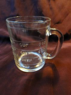 $17.98 /// Vintage NO SPOUT Clear Glass ANCHOR HOCKING 8oz Measuring 1 Cup Mug Embossed
