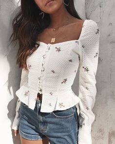 giveaway our new juliet top 1 tag your bffs faves more tags more entries 2 must be 73021652706359671 Girly Outfits, Trendy Outfits, Cute Outfits, Fashion Outfits, Fashion Tag, Fashion Ideas, Womens Fashion Online, Latest Fashion For Women, Looks Style