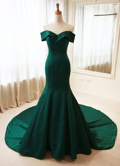 Elegant Mermaid Off Shoulder Sleeves Dark Green Evening Dress