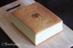0 個讚好,0 則回應 - Instagram 上的 Joannie Chan(@joannie_chan):「 Castella cake 🥚🥚🥚 #homebaked #castellacake #pastry #japanesefood #長崎蛋糕 #甜點 #蛋糕 #markhamcakes… 」 Cake, Desserts, Food, Tailgate Desserts, Deserts, Mudpie, Meals, Dessert, Yemek