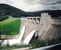 250px-Allegheny_National_Forest_PA_Kinzua_Dam1.jpg (250×203)