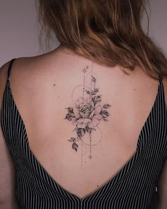 - # Tatouage # Tatouage traditionnel # Tatouage réaliste # Tatouage aquarelle … – # Tatouage # T - Bild Tattoos, Cute Tattoos, Small Tattoos, Girl Leg Tattoos, Floral Back Tattoos, Flower Tattoos, Feminine Back Tattoos, Spine Tattoos, Arm Tattoo