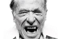 Em 1969, o editor John Martin ofereceu a Charles Bukowski US$100 a cada mês e todo mês de sua vida com uma condição: que ele saísse de seu emprego numa agência do correio se tornasse um escritor. Bukowski, com 49 anos de idade, o fez e em 1971 Martin publicou seu primeiro livro, Post Office…
