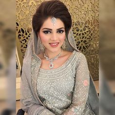 #PicOfTheDay #bridal #bride #wedding #hair #makeup #wajidkhansalon #2016 #classy #elegant