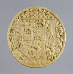 Mirror case with attack on the castle of love.The popularity of ivory luxury goods reached its height around 1350, but they were made well into the 15th century. The case originally had fantastic animals forming the four corners. Entre 1320 et 1340. Ivoire. Diam: 5 3/16 x D: 3/8 in. (13.2 x 1 cm). Walters Art Museum. Public Domain.