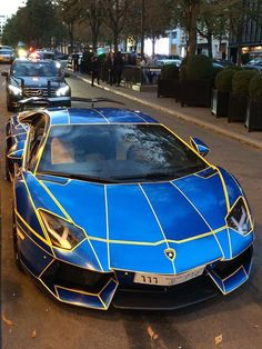 Amazing Lamborghini Fast Sports Cars, Super Sport Cars, Exotic Sports Cars, Luxury Sports Cars, Sports Cars Lamborghini, Lamborghini Veneno, Weird Cars, Cool Cars, Car Paint Jobs