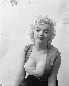 photos of marilyn monroe.