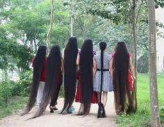 très longs cheveux