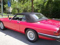 1989 #Jaguar #XJS – $8,600 – Stuart, FL  – This car does not disappoint in any category. V-12, 5.3-liter, 2-door convertible, RWD. Tata Jaguar Browns Lane, United Kingdom. Our family of four and was allowed a garage and pampered. The car looks like a car than three times the asking price. This wheel of classic lines and a touch of elegance Jaguar. Vale man will be very happy to get that kid around a lot.
