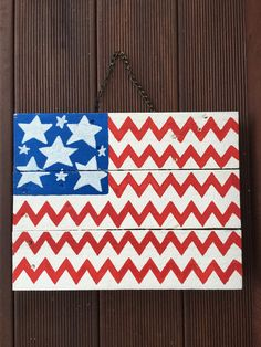 Stars and Stripes, Chevron, USA, pallet, shabby chic, American flag sign, wall decor, rustic, pallet wood sign, front door patriotic sign - pinned by pin4etsy.com