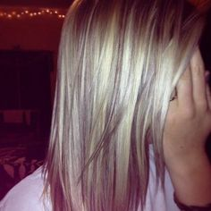 Highlights and lowlights on blonde hair. Another favorite... If only I could achieve this on my hair