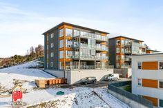 FINN – Spannalia - Lekker og stor leilighet med fantastisk utsikt. Heis, balkong og garasje.