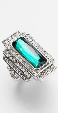 Vintage emerald ring. Stunning.
