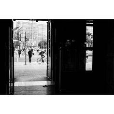 #station #fadedcreativity #pictures #pics #photo #photodocumentation #documentation #reportage #SB #Saarbrücken #Saarland #Saar #saarbrooklyn #street #streetlife #walkby #photowalk #dailylife #everyday #SPi_Travel #bnw_planet #fuji #fujifilm #xt2 #fujifilmxt2 #mood #citylife #leipzig #door #look