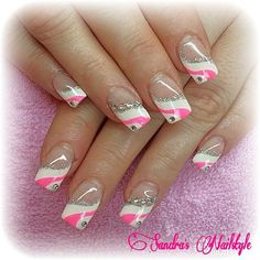 #french #frenchnails #whitenails #white #pink #pinknails #ilovenails #ilovepink #glitter #glitzer #blingbling #nailart #nailartjunkie #nailsoftheday #nailsofinstagram #nailswag #nailpro #instanails #instapic #naildesign #nagels #nails #nageldesign #nagelideen #beauty #girls