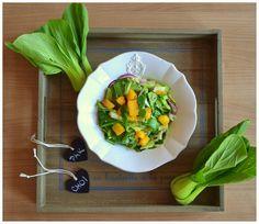 Salát Pak Choi s karamelizovanou broskví  http://www.naskokvkuchyni.cz/salat-pak-choi-s-karamelizovanou-broskvi/