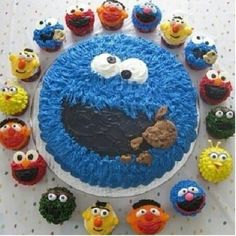 the muppets cake and cup cake