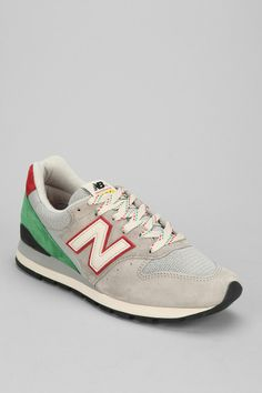 New Balance 'Made In USA' 996 Sneaker
