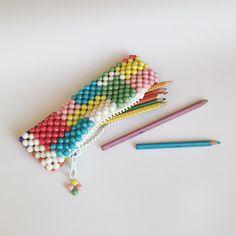 Beaded Purses, Beaded Bags, Beaded Jewelry, Jewelry Patterns, Beading Patterns, Craft Patterns, Diy Crafts Vintage, Diy Bags Purses, Crochet Cushions