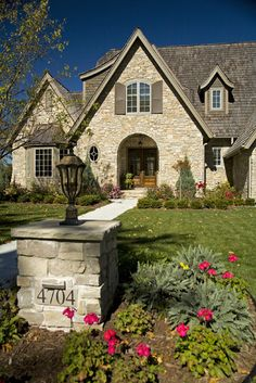 french country exterior with stone lamp post Cottage Signs, Beach Cottage Decor, House Number Plaque, House Numbers, Driveway Lighting, Driveway Entrance, Yard Lighting, Exterior Lighting, Walkway