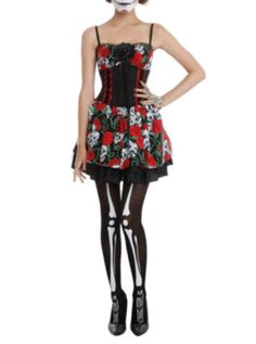 Day Of The Dead Rose Skull Costume Dress from Hot Topic. Saved to Costumes To Die For. White Halloween Costumes, White Costumes, Halloween Ideas, Halloween 2014, Halloween Stuff, Rose Costume, Costume Dress, Rockabilly Outfits, Rockabilly Fashion