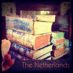 2013-08-05 #Postcard from the #Netherlands (NL-1988679) via #postcrossing #books #Padgram
