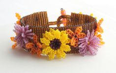 Summer Flower Bracelet di RoseBluBeads su Etsy