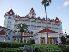 Grand Floridian one of my favorite places:)