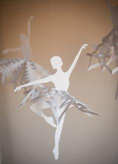 DIY: snowflake ballerinas (free printable template)