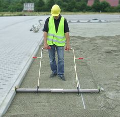 Our SandSCREED PRO  http://www.pavetech.com/tools/sand-screed.htm