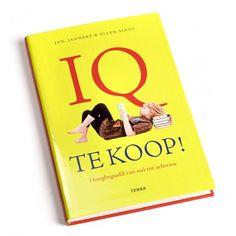 IQ te koop! - Een boek vol herkenning voor ouders met een hoogbegaafd kind. De hoogbegaafde Ellen Sinot (17 jaar) schreef samen met haar ouders dit boek.