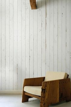 Incredible wood-effect wallpaper. Scrapwood Wallpaper by Piet Hein Eek Roll Wood Effect Wallpaper, Look Wallpaper, Wall Wallpaper, Neutral Wallpaper, Cream Wallpaper, Wallpaper Patterns, Bedroom Wallpaper, Wallpaper Online, Striped Wallpaper