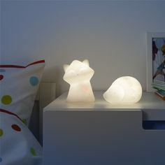 LURIGA LED night light, white, raccoon Makes a pulsating light that reminds the child of a heartbeat Press the raccoon's head once to light up and twice for the soft, pulsating light Led Night Light, Dark Night, Fear Of The Dark, Ikea Home, Kids Lighting, Swedish Design, Fun Challenges, Led Lampe, Great Night