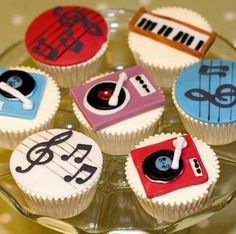 for the music artist cupcakes