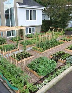 Awesome Raised Garden Bed Ideas For Backyard Landscaping - vegetable garden layout - Garden Types, Diy Garden, Garden Beds, Garden Projects, Pallet Projects, Garden Planters, Diy Projects, Yoga Garden, Pallet Planters