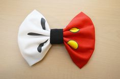 Mickey Mouse Bow- Dreams Come True Hair Bow Magical Bow Fabric by LittleBlueGarden Disney Inspired Outfits, Disney Outfits, Disney Style, Minnie, Mickey Mouse, Burlap Rosettes, Disney Hair Bows, Gift Bows, Ribbon Hair Bows
