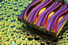 Vidrios texturizados con efecto dicroico
