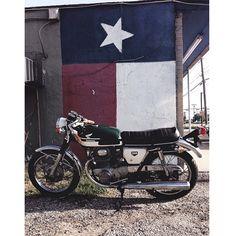 @Michael Dussert Dussert Dussert Soto from the Lone Star State  #austin #texas #caferacerxxx #Padgram