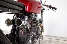 Cafe Racer, custom and classic motorcycles from around the globe. Featuring the world& top builders of custom motorcycles and Cafe Racers since Cb350 Cafe Racer, Cafe Racers, Honda Bikes, Honda Cb750, Custom Cafe Racer, Cafe Racer Build, Old Motorcycles, Bike Style, I Cool