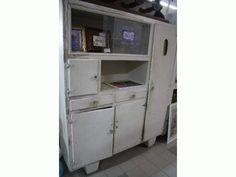 Credenza anni 50 bn pom vtr Pomellato, Lockers, Locker Storage, Recycling, Crafting, Bullet Journal, Vintage, Furniture, Beauty